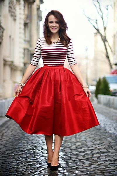 black-pointy-zara-shoes-red-midi-choies-skirt-crimson-cropped-bershka-top_400